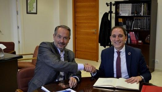El Subdelegat del Govern a Lleida, José Crespin, visita el Consell Comarcal de la Segarra