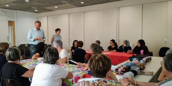 Fotografia del moment de l'inici del Taller al Centre Cívic Mestre Viaña a Sant Guim de Freixenet.