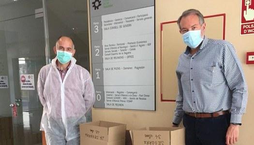 La Diputació de Lleida lliura  al Consell les ulleres de protecció i mascaretes per als municipis de la Segarra.