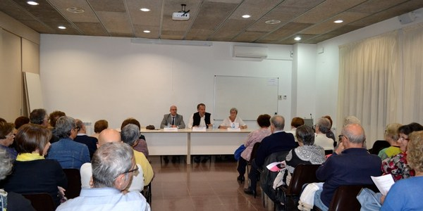 Fotografies del Centre Cívic Mestre Viaña.