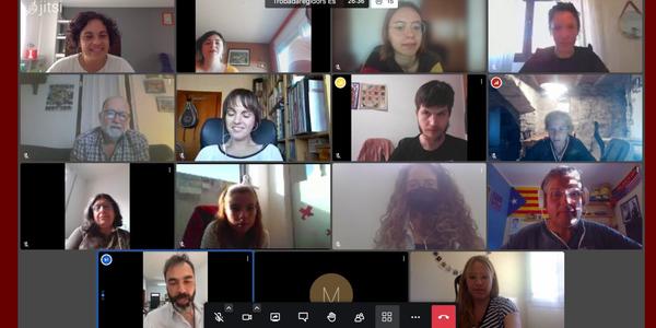 Moment de la trobada on-line.